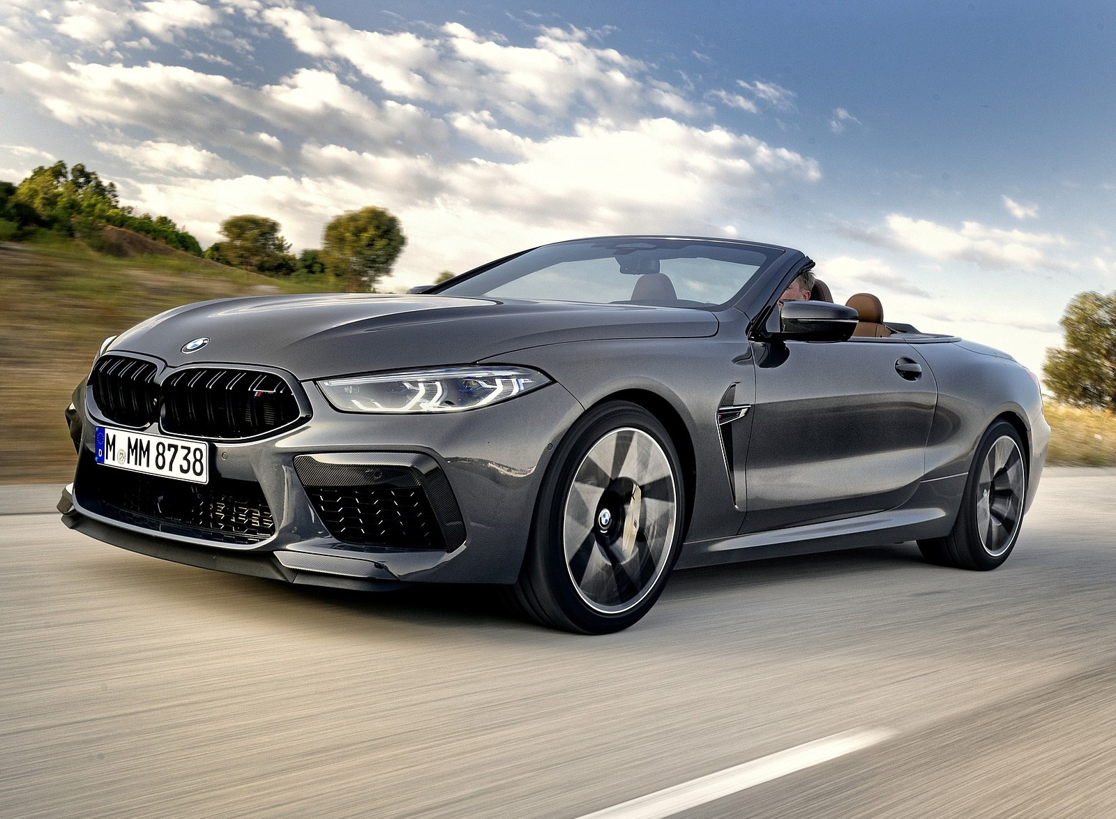 2020 BMW M8 Competition Convertible (Color: Brands Hatch Grey) Front Three-Quarter Wallpapers (9)