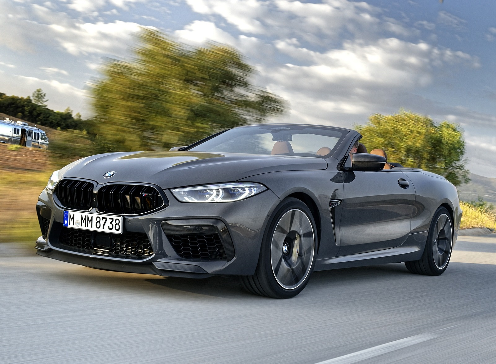 2020 BMW M8 Competition Convertible (Color: Brands Hatch Grey) Front Three-Quarter Wallpapers (12)
