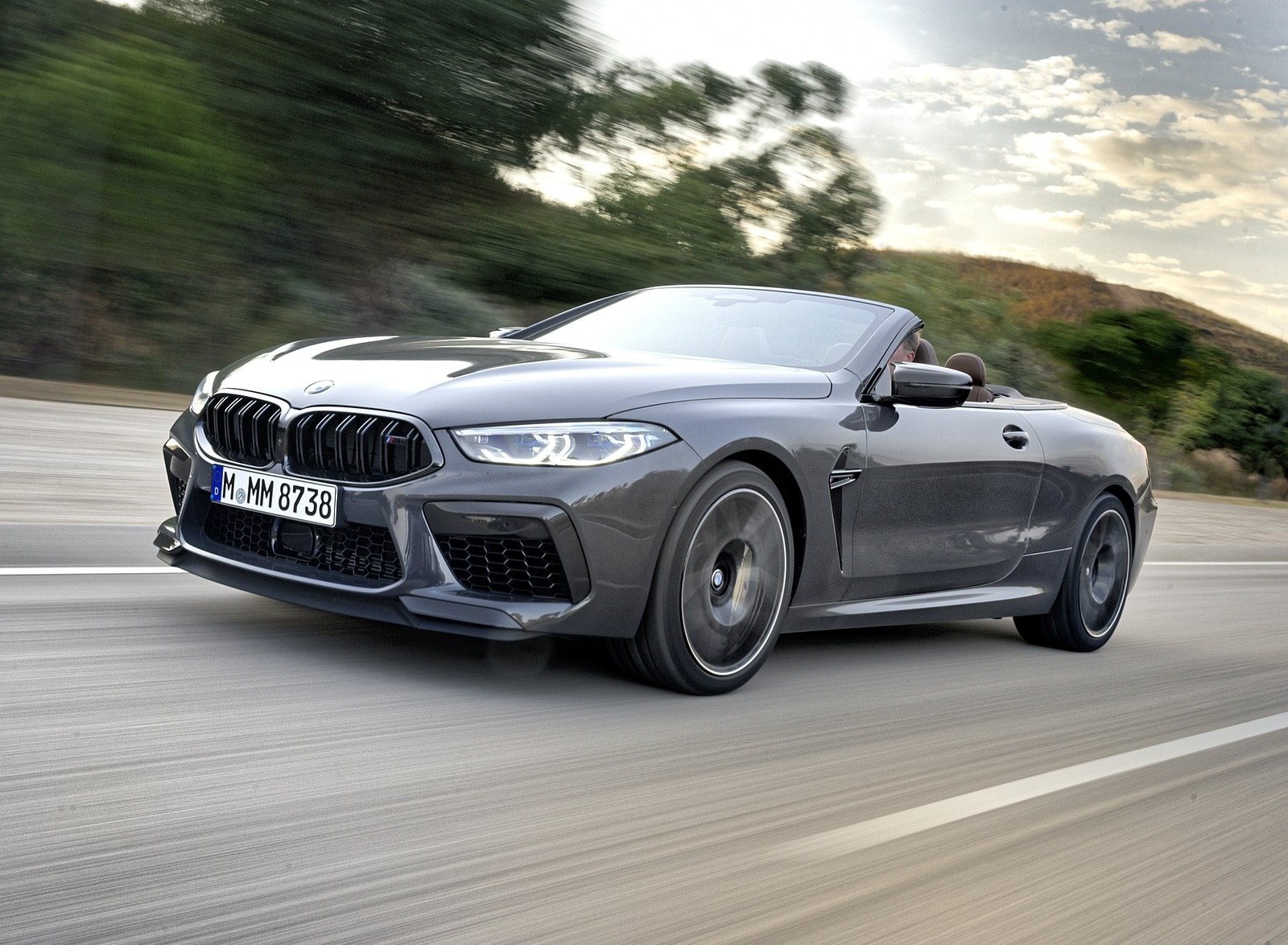2020 BMW M8 Competition Convertible (Color: Brands Hatch Grey) Front Three-Quarter Wallpapers (8)