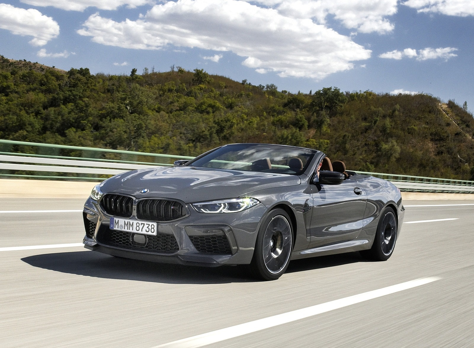 2020 BMW M8 Competition Convertible (Color: Brands Hatch Grey) Front Three-Quarter Wallpapers (13)