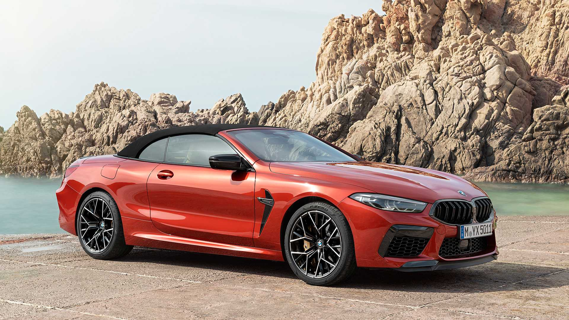 2020 BMW M8 Competition Convertible Front Three-Quarter Wallpapers (9)