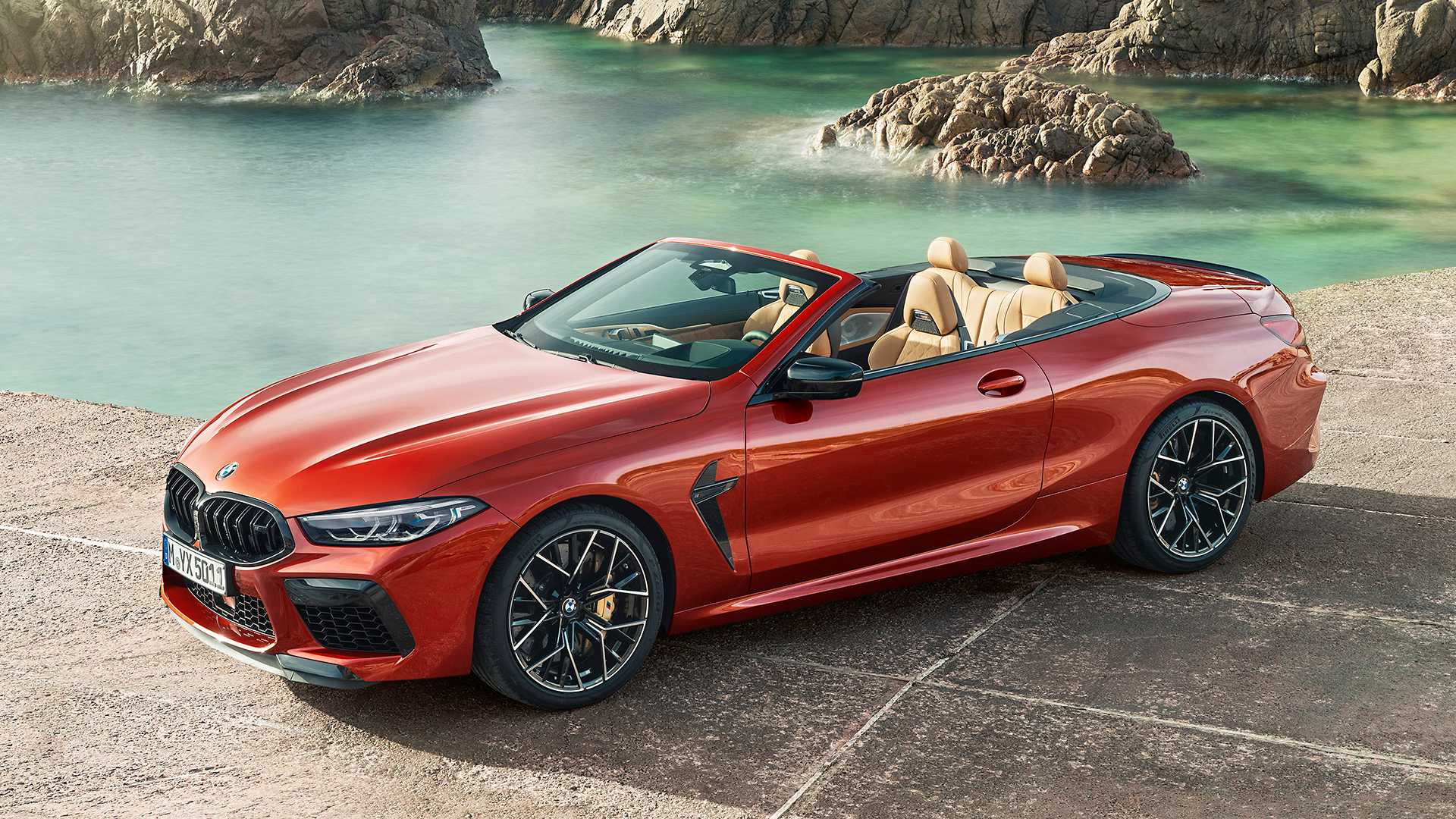 2020 BMW M8 Competition Convertible Front Three-Quarter Wallpapers (10)