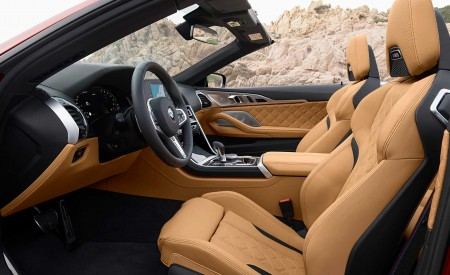 2020 BMW M8 Competition Convertible Interior Front Seats Wallpapers 450x275 (35)