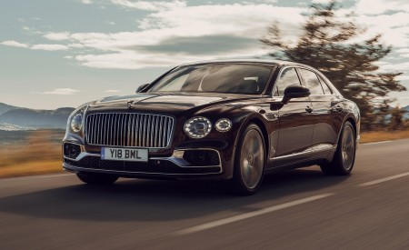 2020 Bentley Flying Spur (Color: Cricket Ball) Front Three-Quarter Wallpapers 450x275 (109)