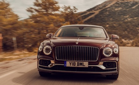 2020 Bentley Flying Spur (Color: Cricket Ball) Front Wallpapers 450x275 (114)
