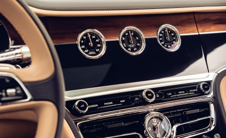 2020 Bentley Flying Spur (Color: Cricket Ball) Interior Detail Wallpapers 450x275 (127)
