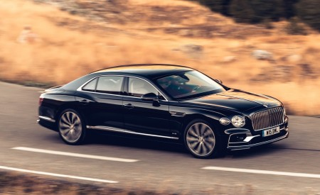 2020 Bentley Flying Spur (Color: Dark Sapphire) Front Three-Quarter Wallpapers 450x275 (3)