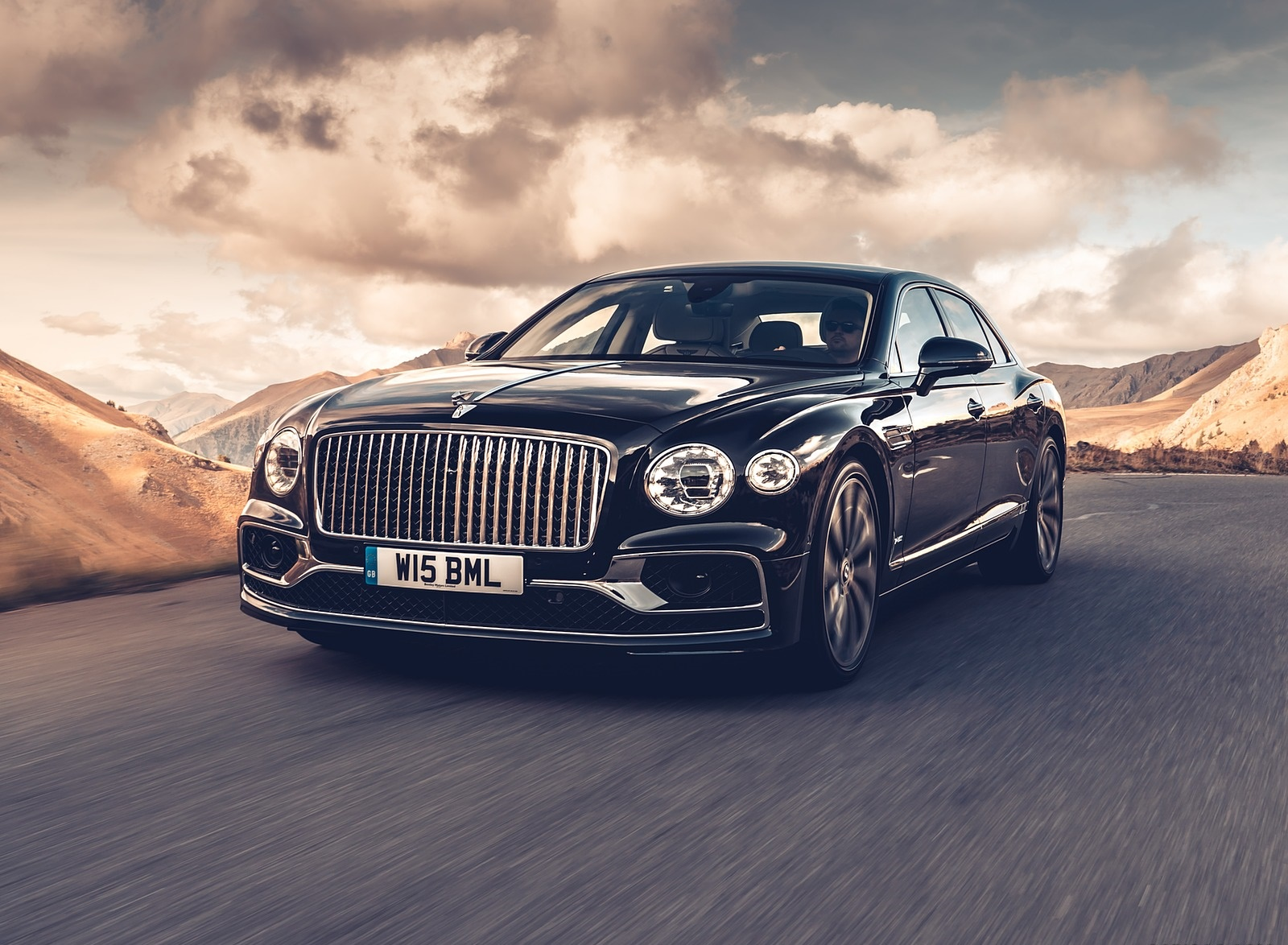 2020 Bentley Flying Spur (Color: Dark Sapphire) Front Three-Quarter Wallpapers (1)