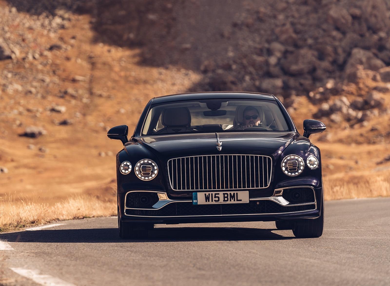 2020 Bentley Flying Spur (Color: Dark Sapphire) Front Wallpapers (10)