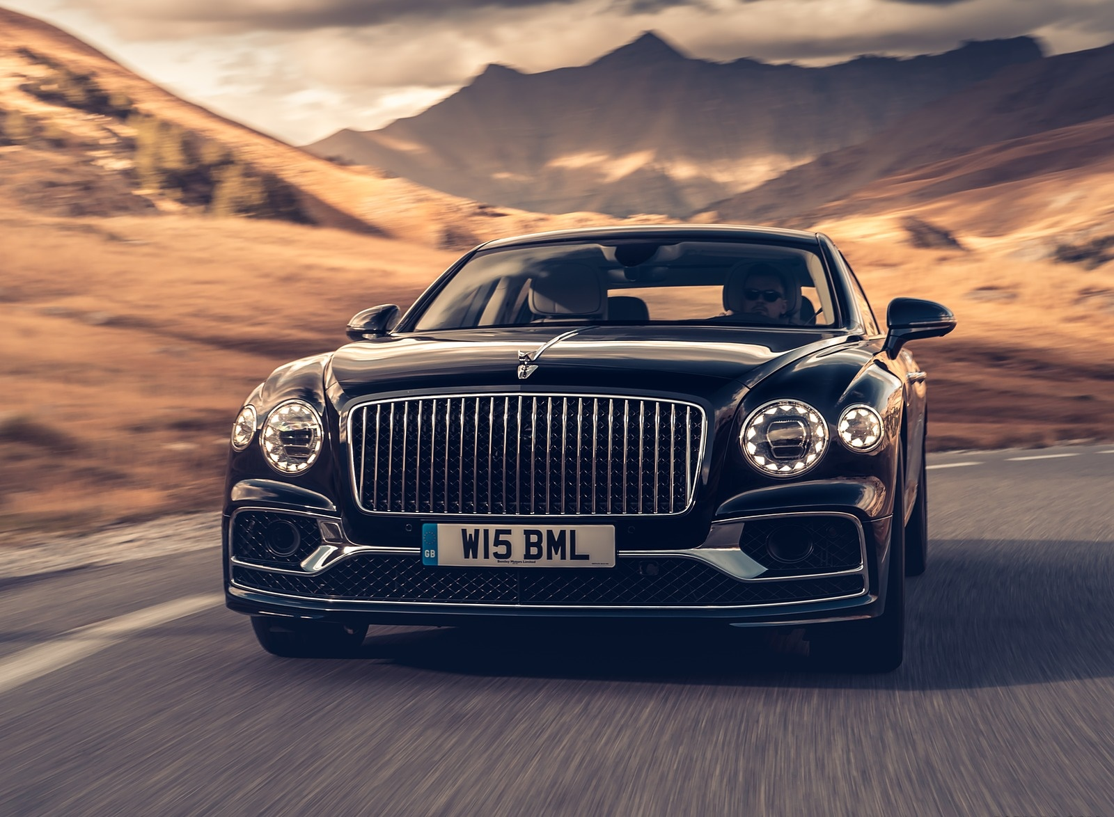2020 Bentley Flying Spur (Color: Dark Sapphire) Front Wallpapers (2)