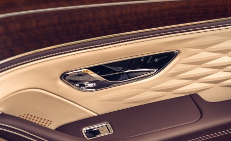 2020 Bentley Flying Spur (Color: Dark Sapphire) Interior Detail Wallpapers 450x275 (22)