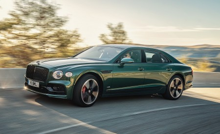 2020 Bentley Flying Spur (Color: Verdant) Front Three-Quarter Wallpapers 450x275 (26)