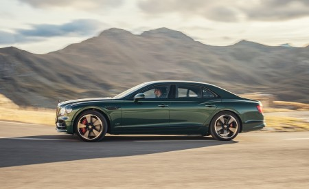 2020 Bentley Flying Spur (Color: Verdant) Side Wallpapers 450x275 (32)