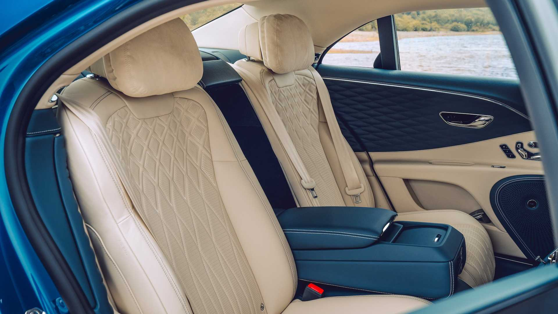2020 Bentley Flying Spur First Edition Interior Rear Seats Wallpapers (12)