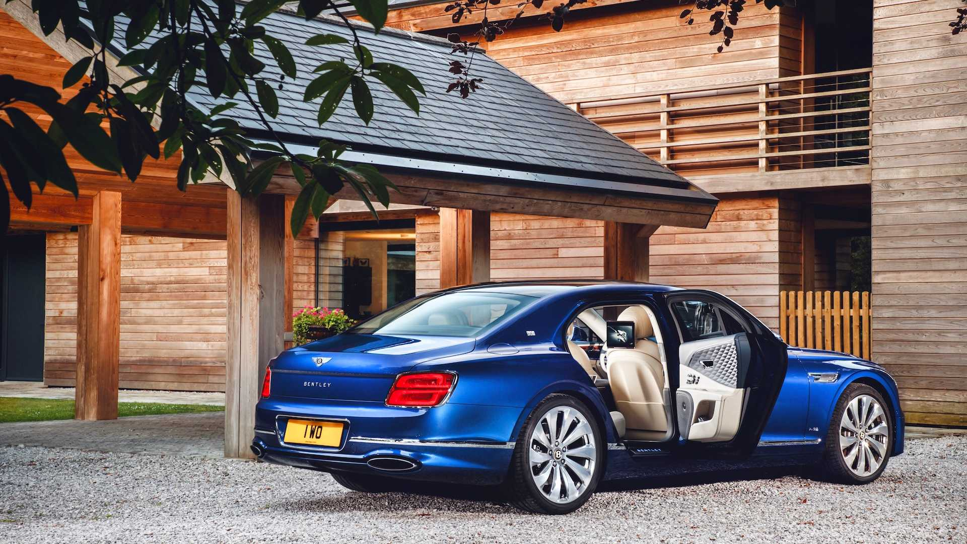 2020 Bentley Flying Spur First Edition Rear Three-Quarter Wallpapers (6)