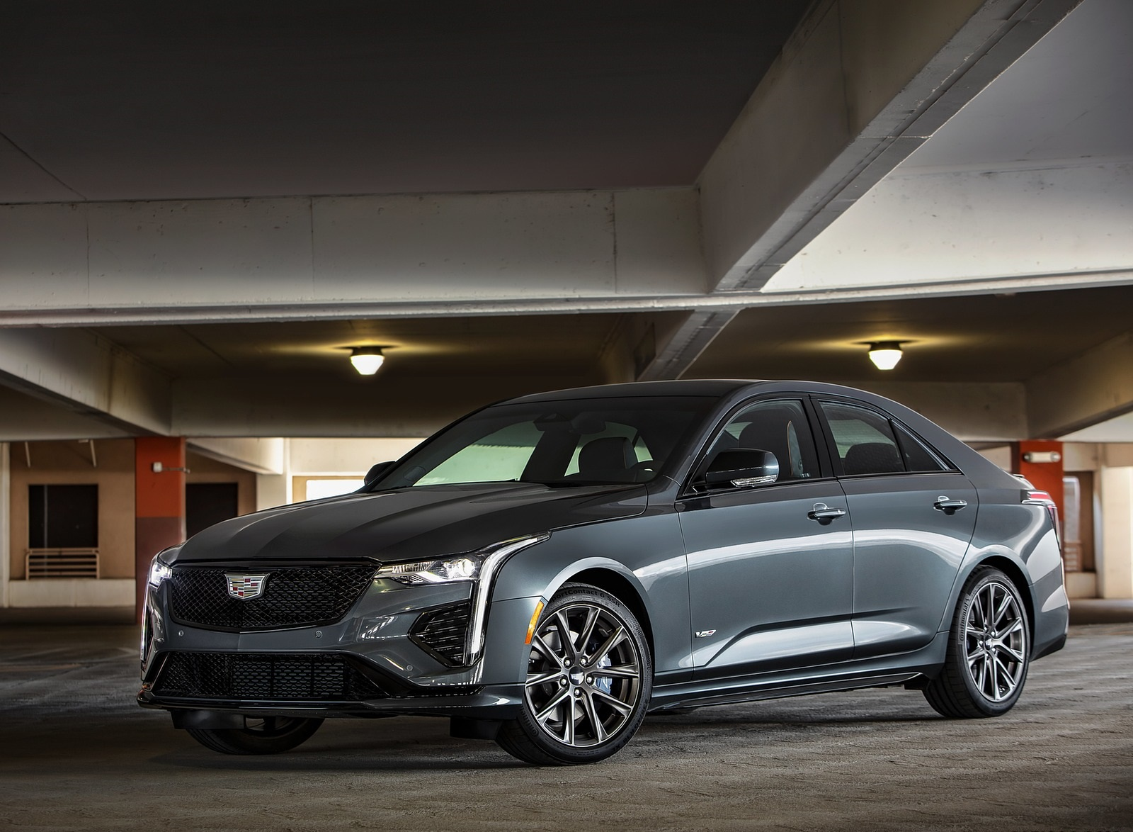 2020 Cadillac CT4-V Front Three-Quarter Wallpapers (7)