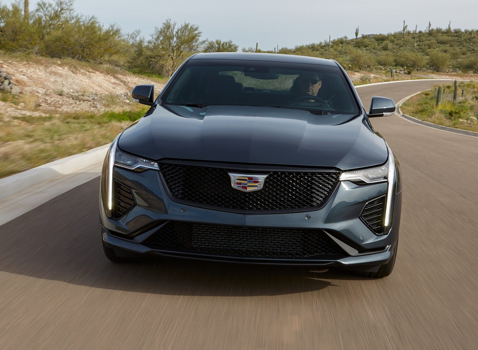 2020 Cadillac CT4-V Front Wallpapers (3)