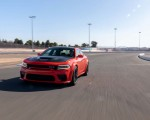 2020 Dodge Charger SRT Hellcat Widebody (Color: TorRed) Front Three-Quarter Wallpapers 150x120 (3)