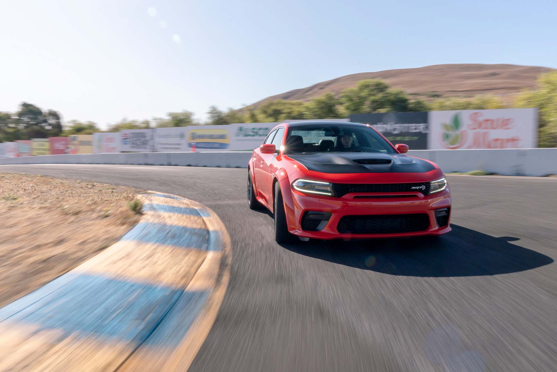 2020 Dodge Charger SRT Hellcat Widebody (Color: TorRed) Front Wallpapers (6)