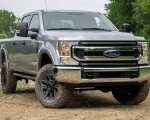 2020 Ford F-Series Super Duty with Tremor Off-Road Package Front Three-Quarter Wallpapers 150x120 (11)