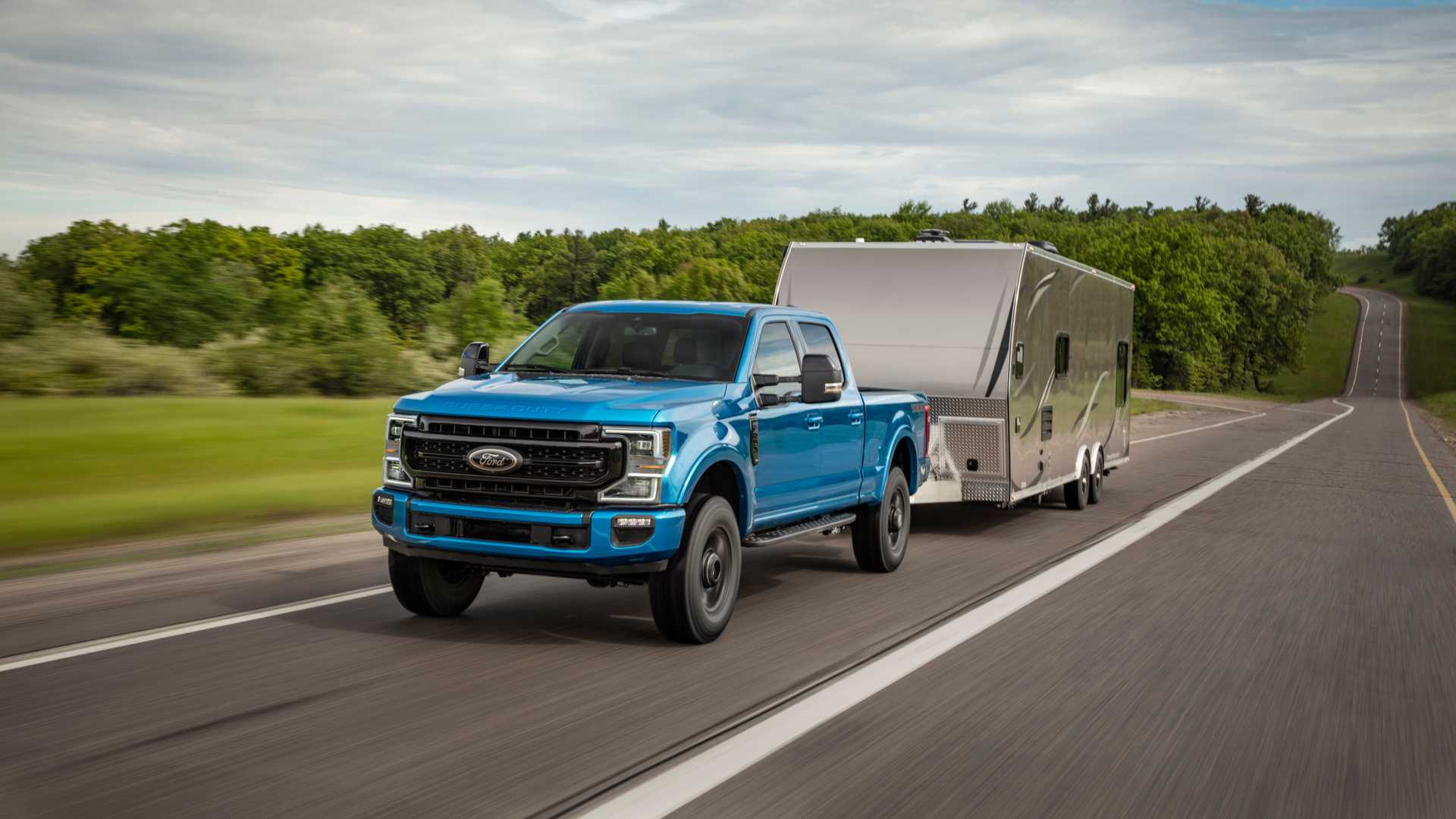 2020 Ford F-Series Super Duty with Tremor Off-Road Package Front Three-Quarter Wallpapers (1)