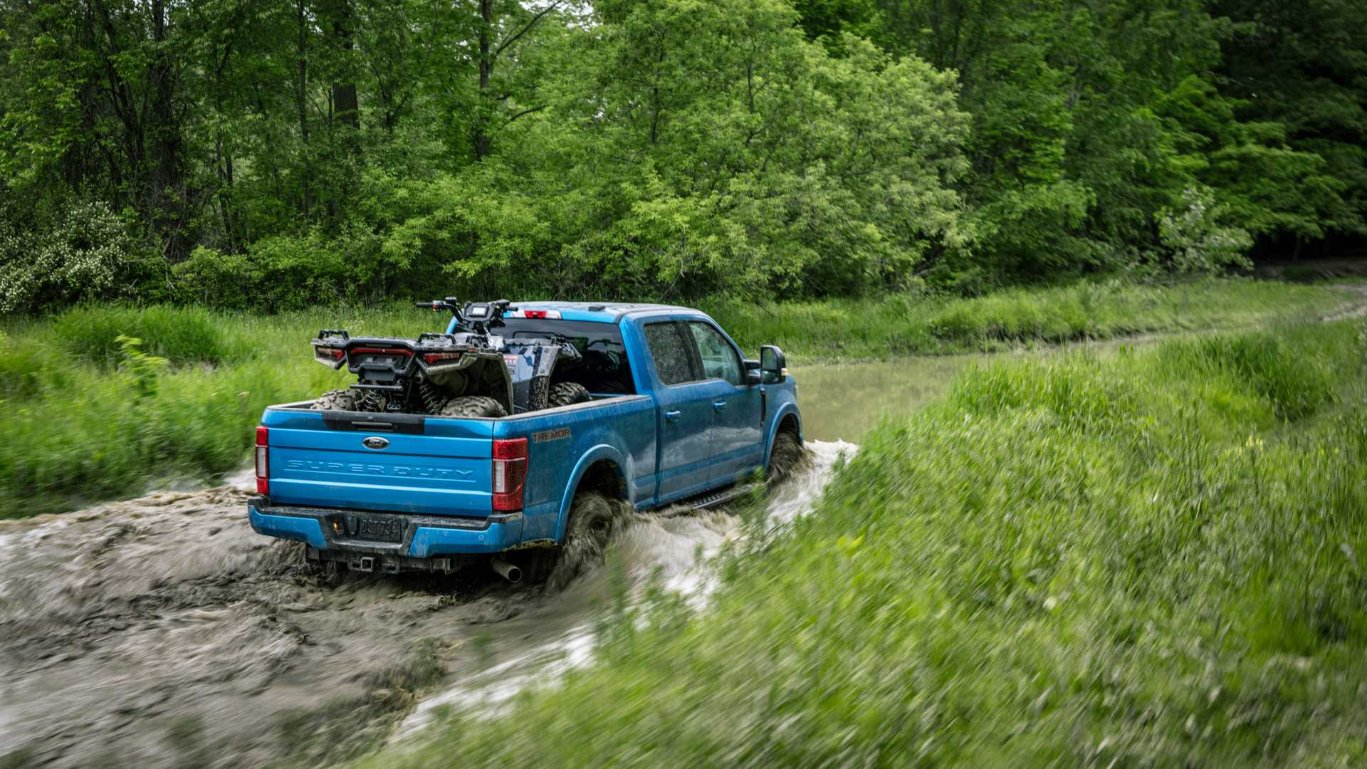2020 Ford F-Series Super Duty with Tremor Off-Road Package Off-Road Wallpapers (8)