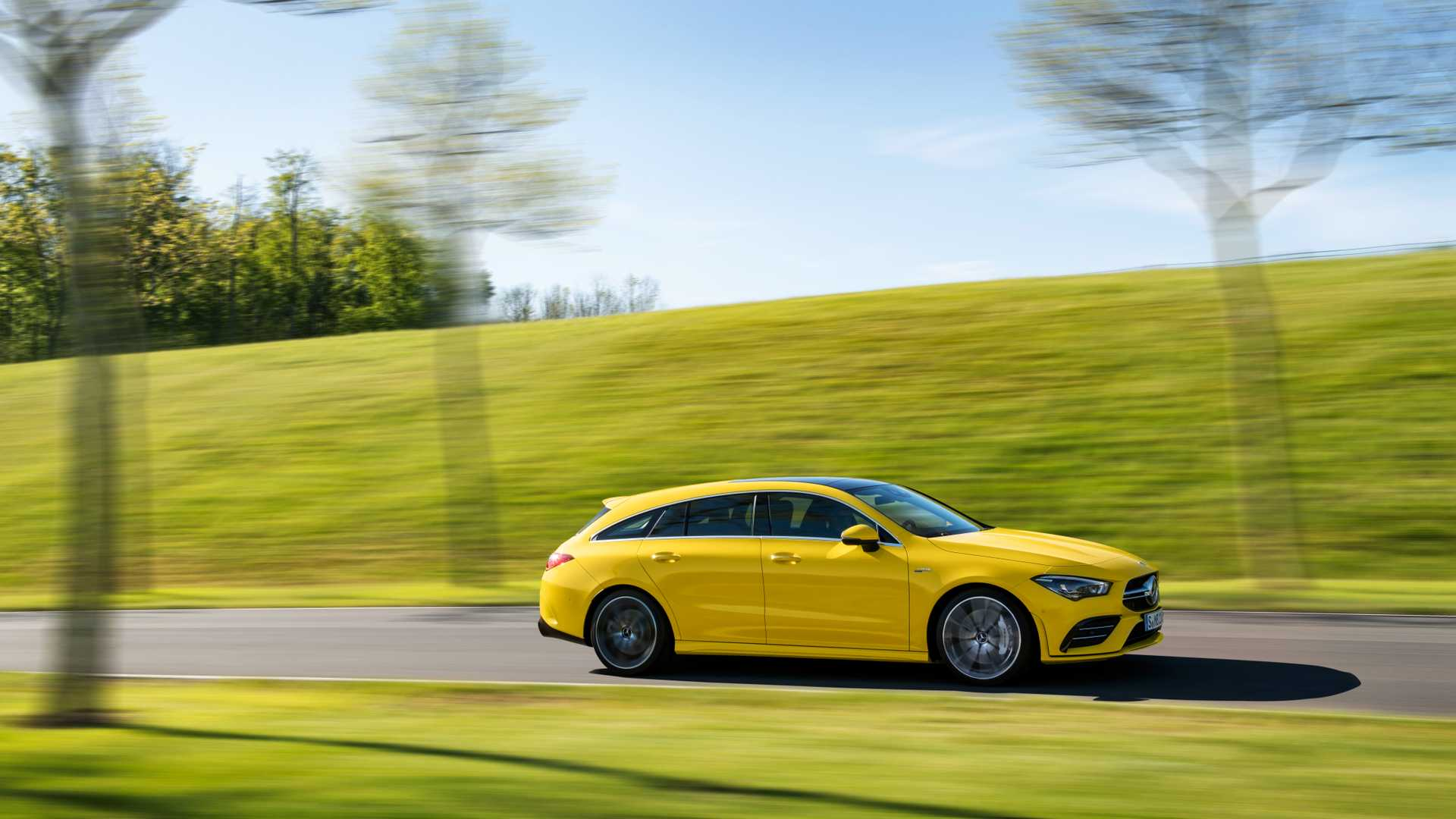 2020 Mercedes-AMG CLA 35 4MATIC Shooting Brake Side Wallpapers (9)