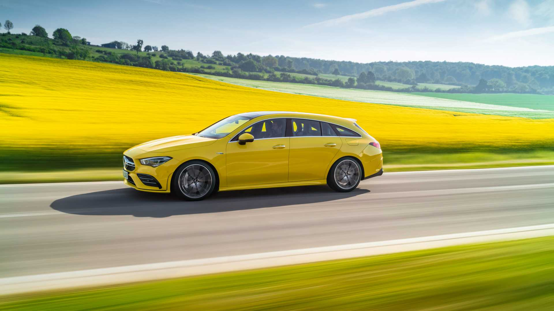 2020 Mercedes-AMG CLA 35 4MATIC Shooting Brake Side Wallpapers (10)