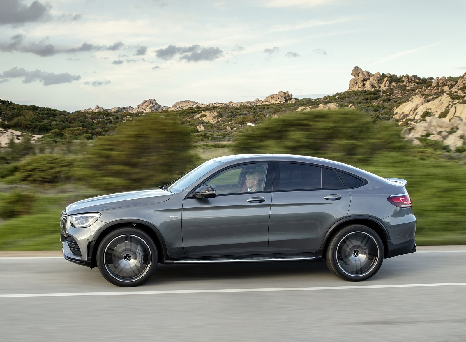 2020 Mercedes-AMG GLC 43 4MATIC Coupe Side Wallpapers (10)