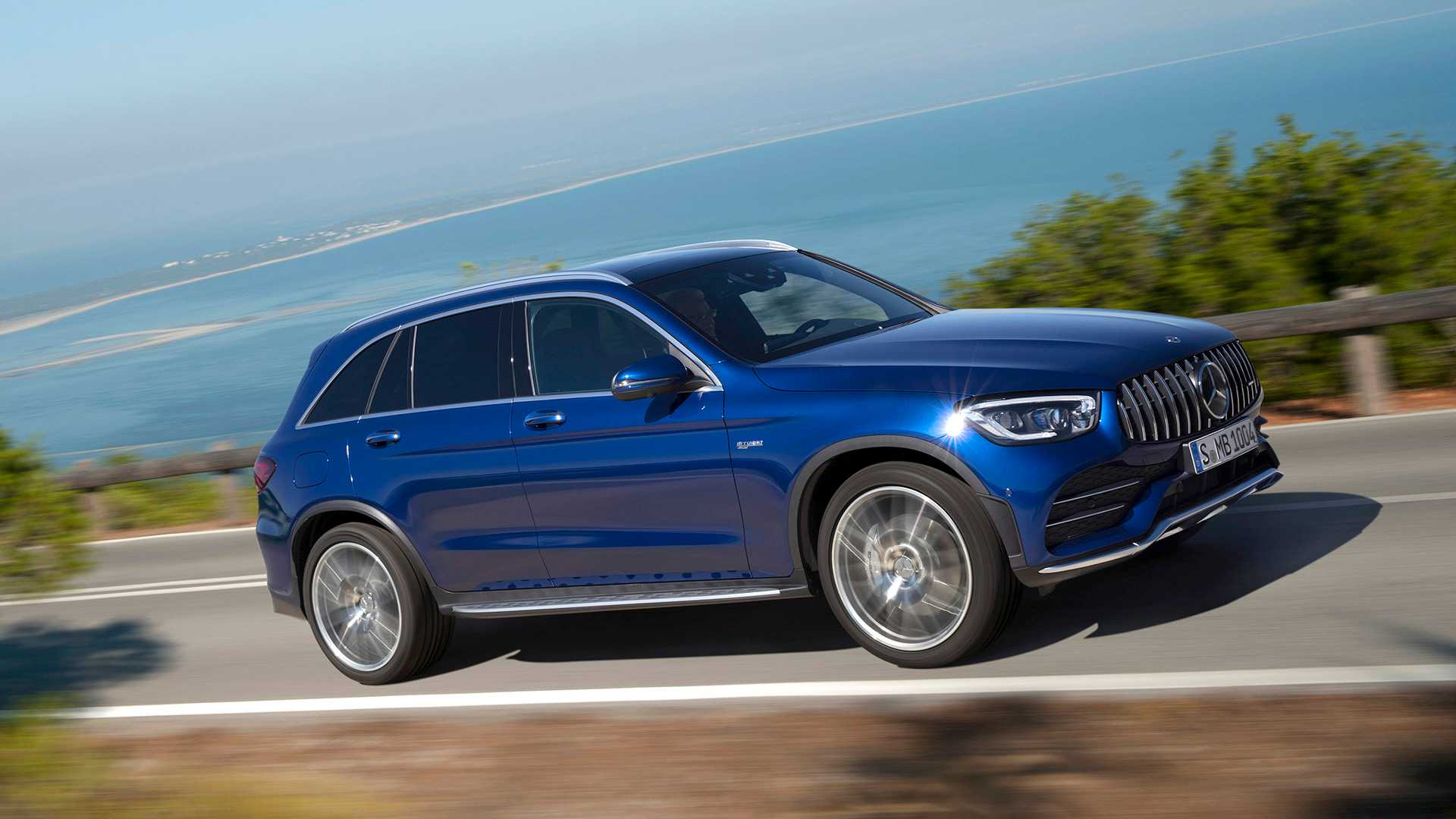 2020 Mercedes-AMG GLC 43 4MATIC Front Three-Quarter Wallpapers (2)
