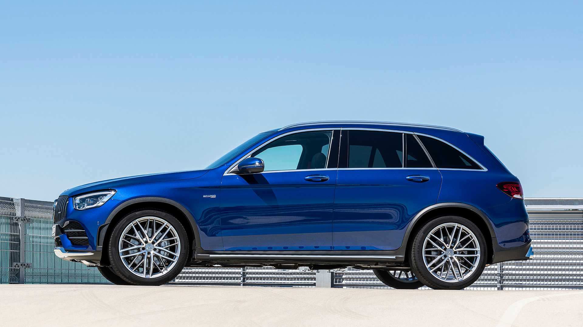 2020 Mercedes-AMG GLC 43 4MATIC Side Wallpapers (11)