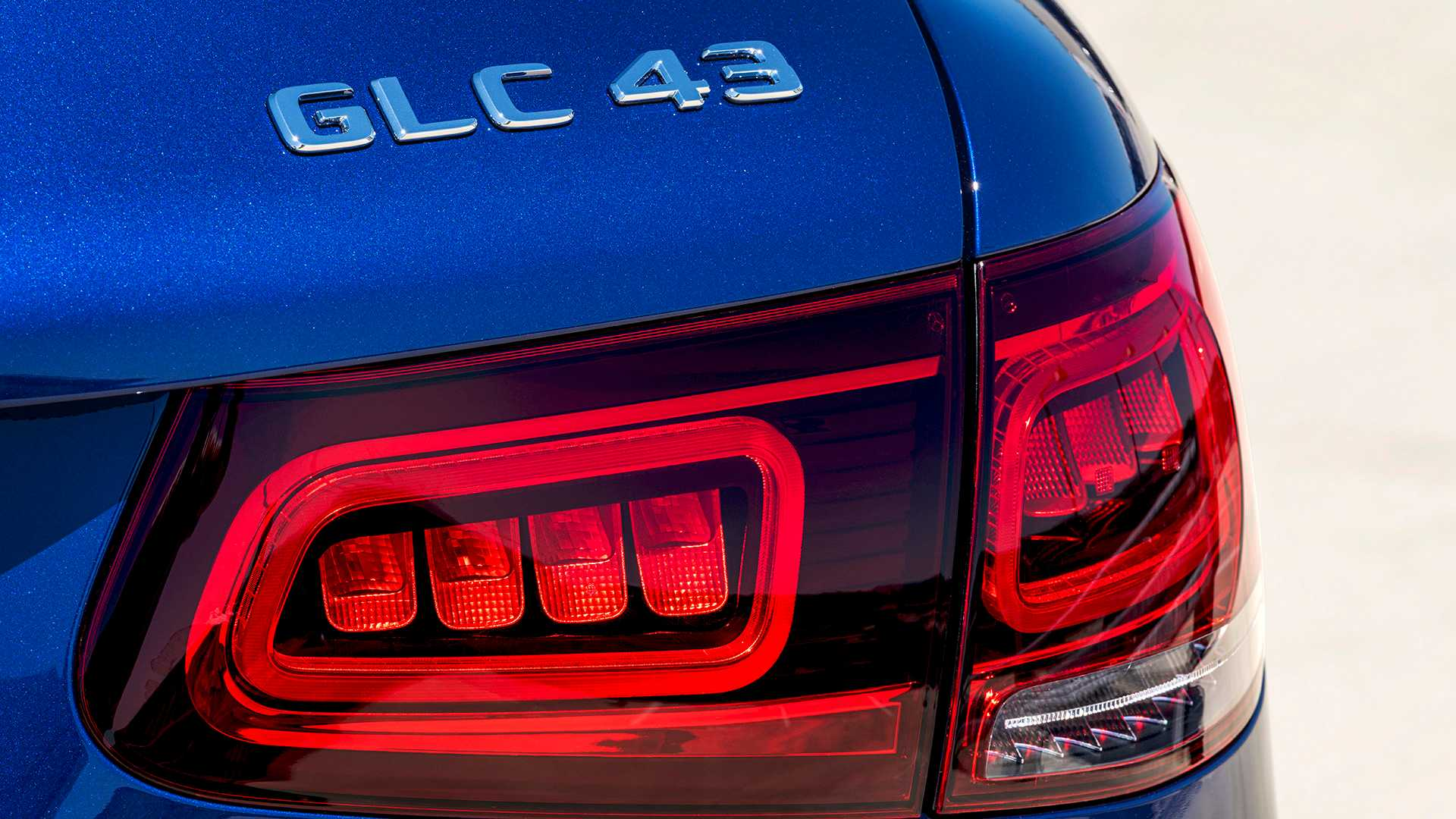 2020 Mercedes-AMG GLC 43 4MATIC Tail Light Wallpapers (12)