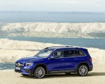 2020 Mercedes-Benz GLB 250 AMG Line (Color: Galaxy Blue) Front Three-Quarter Wallpapers 150x120 (37)