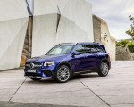 2020 Mercedes-Benz GLB 250 AMG Line (Color: Galaxy Blue) Front Three-Quarter Wallpapers 150x120 (32)