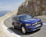 2020 Mercedes-Benz GLB 250 AMG Line (Color: Galaxy Blue) Front Three-Quarter Wallpapers 150x120 (23)