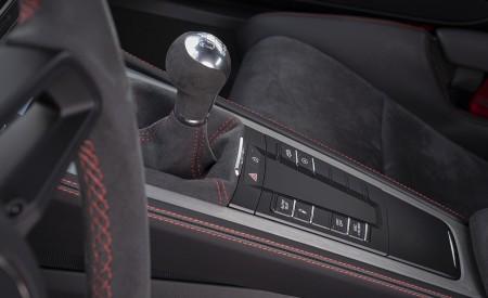 2020 Porsche 718 Cayman GT4 (Color: Carrara White Metallic) Interior Detail Wallpapers 450x275 (158)