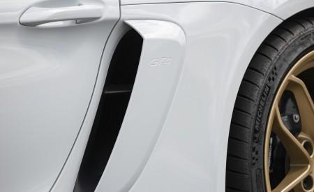 2020 Porsche 718 Cayman GT4 (Color: Carrara White Metallic) Side Vent Wallpapers 450x275 (153)
