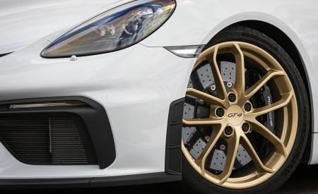 2020 Porsche 718 Cayman GT4 (Color: Carrara White Metallic) Wheel Wallpapers 450x275 (155)