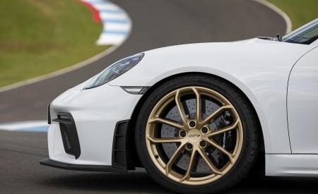 2020 Porsche 718 Cayman GT4 (Color: Carrara White Metallic) Wheel Wallpapers 450x275 (157)