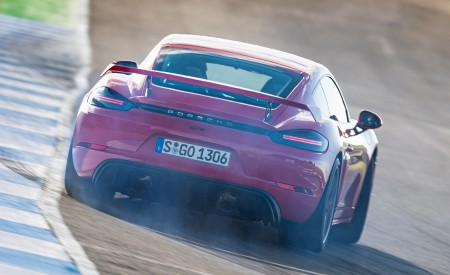 2020 Porsche 718 Cayman GT4 (Color: Guards Red) Rear Wallpapers 450x275 (15)
