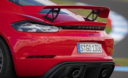 2020 Porsche 718 Cayman GT4 (Color: Guards Red) Spoiler Wallpapers 450x275 (37)