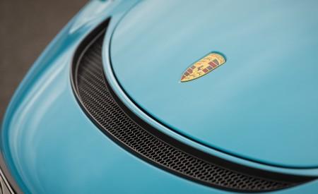 2020 Porsche 718 Cayman GT4 (Color: Miami Blue) Detail Wallpapers 450x275 (120)