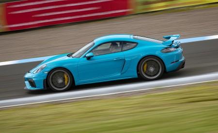 2020 Porsche 718 Cayman GT4 (Color: Miami Blue) Side Wallpapers 450x275 (103)