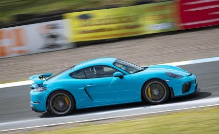 2020 Porsche 718 Cayman GT4 (Color: Miami Blue) Side Wallpapers 450x275 (111)