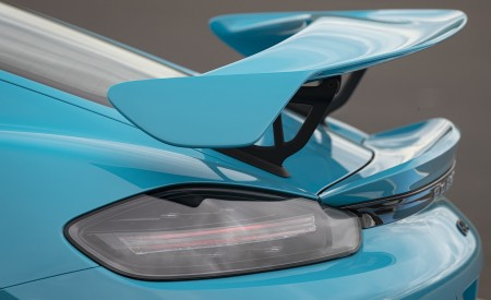 2020 Porsche 718 Cayman GT4 (Color: Miami Blue) Spoiler Wallpapers 450x275 (113)