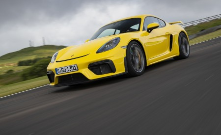 2020 Porsche 718 Cayman GT4 (Color: Racing Yellow) Front Three-Quarter Wallpapers 450x275 (56)