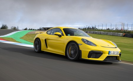 2020 Porsche 718 Cayman GT4 (Color: Racing Yellow) Front Three-Quarter Wallpapers 450x275 (51)