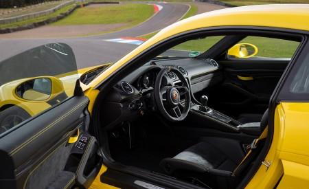 2020 Porsche 718 Cayman GT4 (Color: Racing Yellow) Interior Wallpapers 450x275 (84)