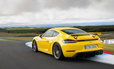2020 Porsche 718 Cayman GT4 (Color: Racing Yellow) Rear Three-Quarter Wallpapers 450x275 (60)