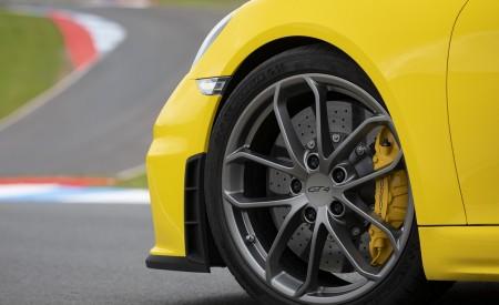 2020 Porsche 718 Cayman GT4 (Color: Racing Yellow) Wheel Wallpapers 450x275 (73)